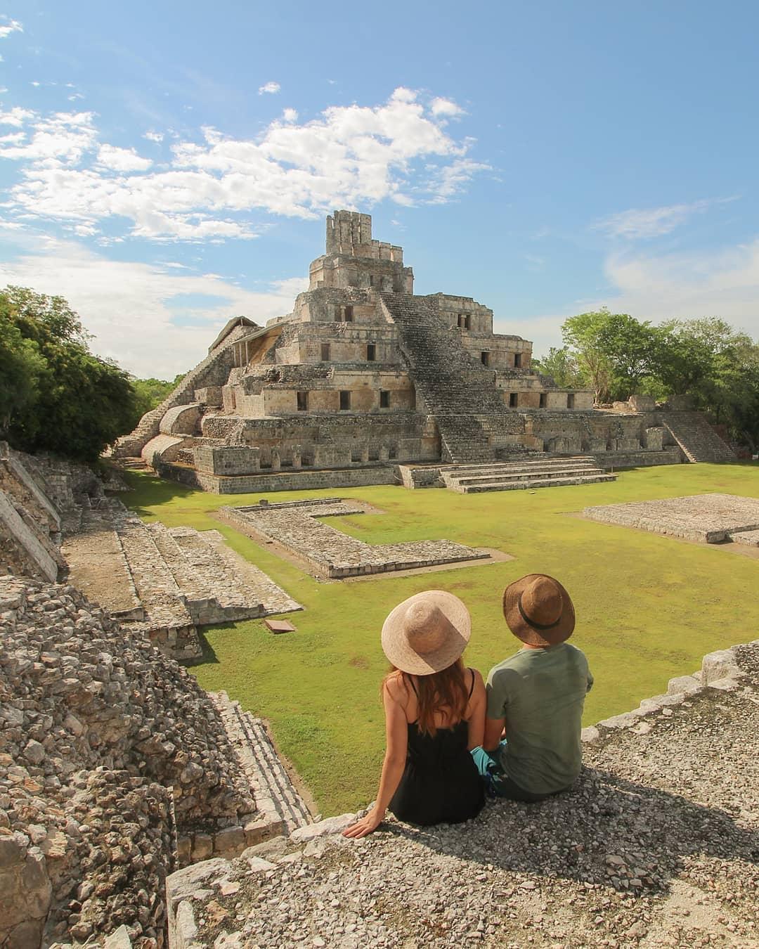 Zona arqueologica Edzna Campeche ruinas en campeche top yucatan