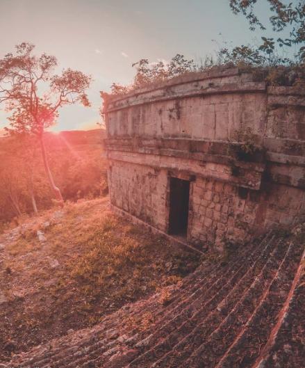 zona arqueológica de Chacmultún, Tekax