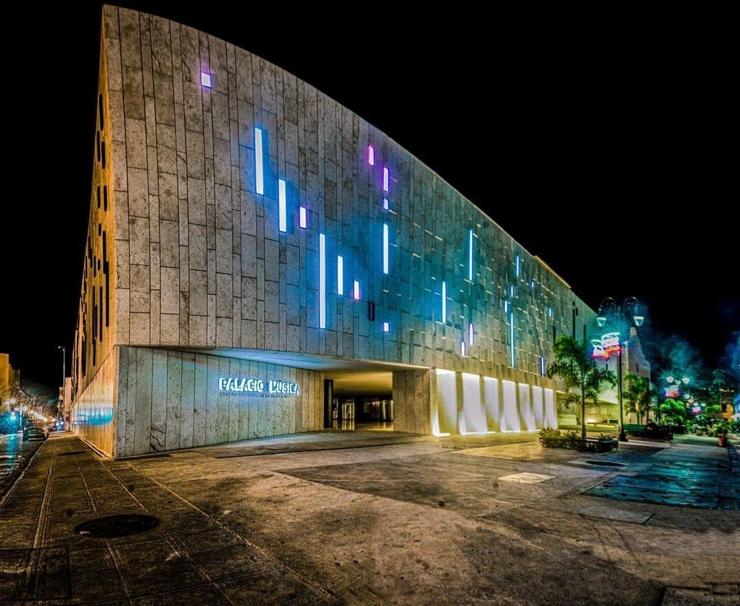 palacio de la musica de merida yucatan de noche que hacer