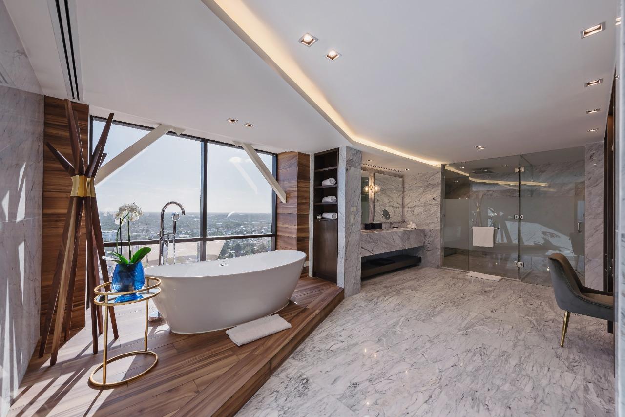 suite presidencial hyatt regency merida baño