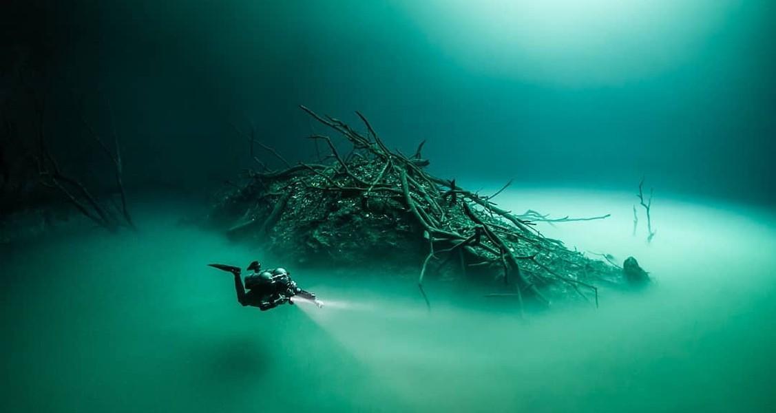 Cenote Angelita, El espeluznante y profundo 'Doble Cenote'
