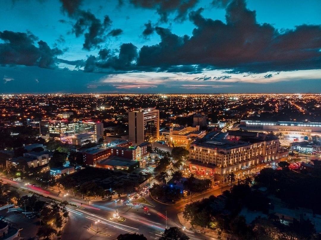 Deslumbrantes fotos de Mérida en las noches más iluminadas