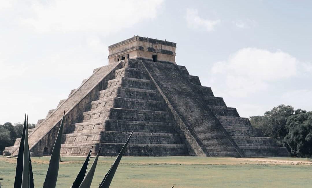 Edward Thompson: El Hombre que saqueó tesoros de Chichén Itzá