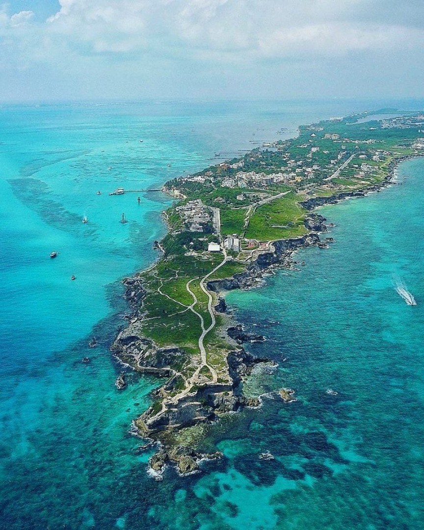 Isla Mujeres, Un Paraíso en el Caribe Mexicano