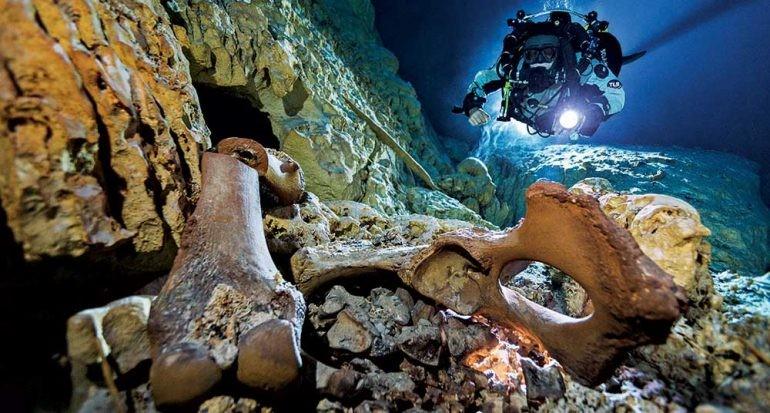 La cautivadora historia de Naia, El esqueleto hallado en un cenote de Tulum
