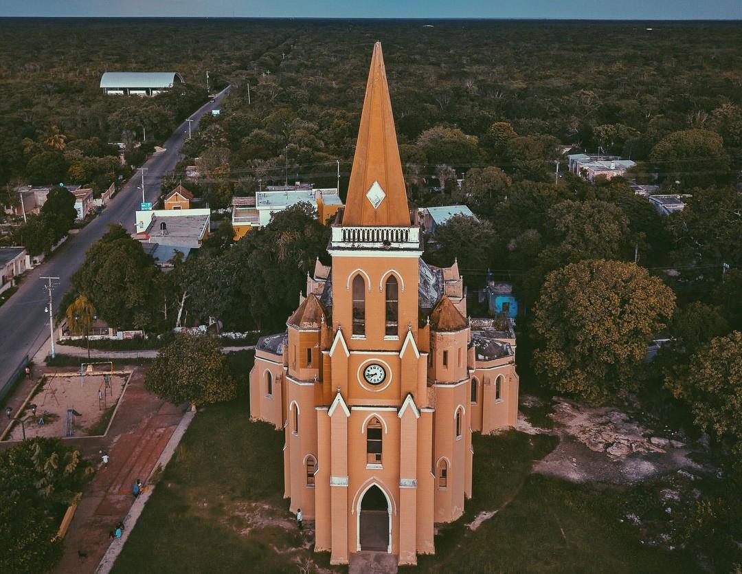 La iglesia Gótica de Eknakan