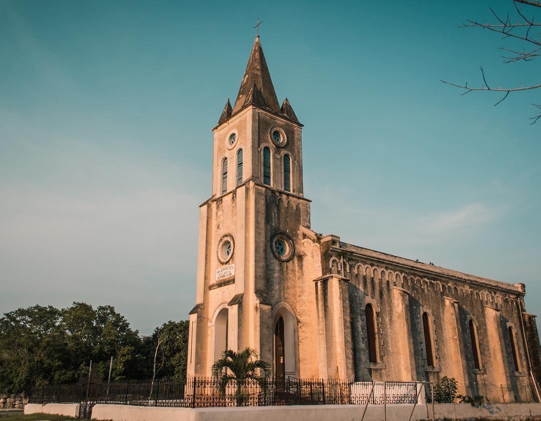 La Iglesia Neogótica de San Juan Bautista Xcunya