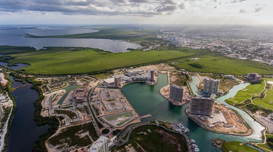 ¿Qué Centros Comerciales hay en Cancún?