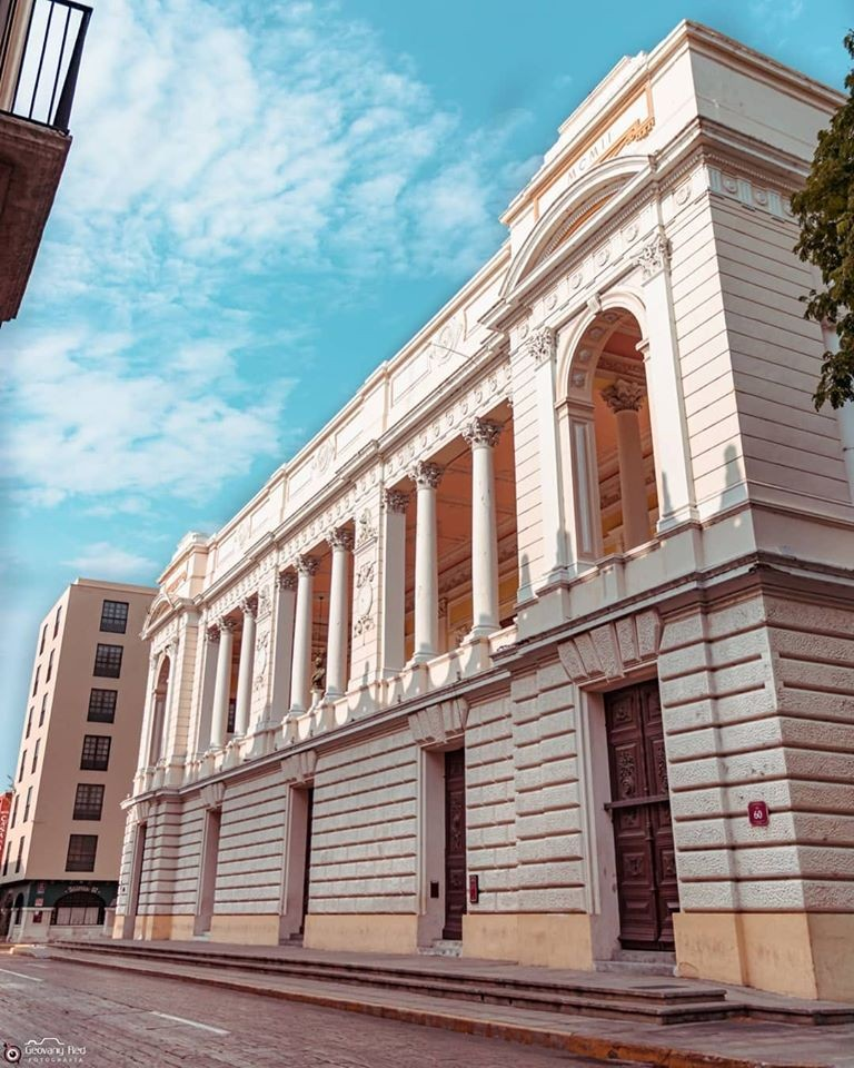 Teatro Peón Contreras, El escenario más antiguo de Mérida